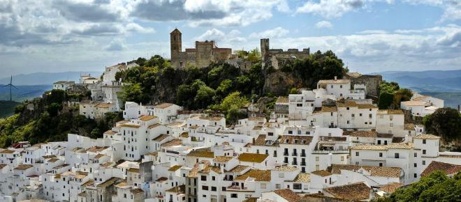 Costruire una casa con soli quindici euro al mese: accade in Spagna
