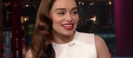 Emilia Clarke, alias Daenerys Targaryen nella serie televisiva Il Trono di Spade