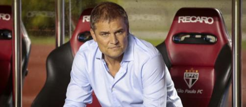 Aguirre decidiu mexer no time do São Paulo