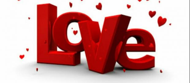 Falling in love has effect on the brain and heart. [Image source: Jane Robs / YouTube]