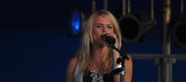Miranda Lambert at the Lorain County Fair by Rona Proudfoot via Flickr
