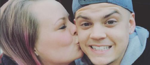 Catelynn Lowell and Tyler Baltierra respond to divorce reports. [Image via Catelynn Lowell/Instagram]
