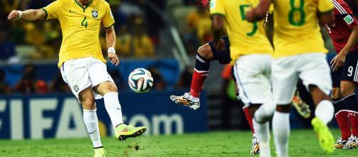 Cinco defensores do Brasil brigam por vaga no time do ano | VEJA.com - com.br