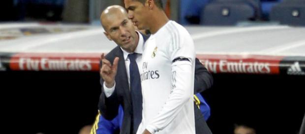 Mercato Real Madrid : Zidane tranche sur l'avenir de Raphaël Varane