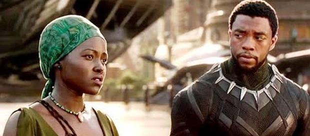 Superhero movie 'Black Panther' is breaking box office records [Image: Comicbook.com/YouTube screenshot]