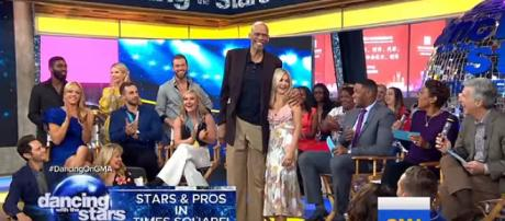'Dancing with the Stars' all-athlete cast premiers April 30 for four weeks only. [Image: Good Morning America/YouTube]