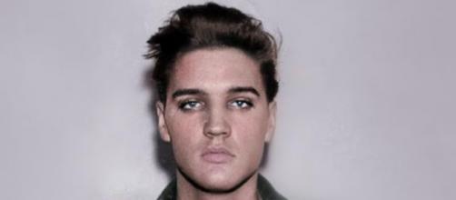 Elvis Presley se suicidó intencionadamente