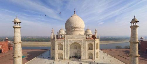 Il Taj Mahal ha una storia lunga più di 350 anni
