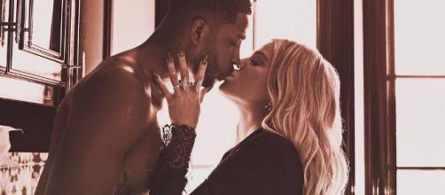 Traição escancarada leva Khloé Kardashian ao hospital. (Foto internet)