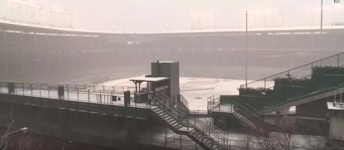 Wrigley Field in snowy conditions - [Image - TODAY'S TMJ4 / YouTube screencap]