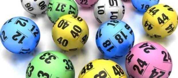 Estrazioni del Lotto e SuperEnalotto 12 aprile: numeri vincenti e statistiche
