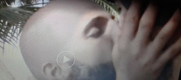 Jonathan ha baciato Amaurys Perez