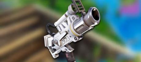 The so-called Space Pistol in 'Fortnite.' - [DieBuddiesZocken / YouTube screencap]