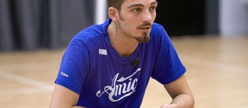 Daniele Rommelli eliminato assieme a Sephora Ferrillo nel secondo serale di Amici 17