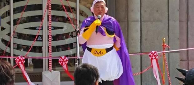 A los políticos japoneses no les causa vergüenza demostrar su amor por sus animes favoritos.