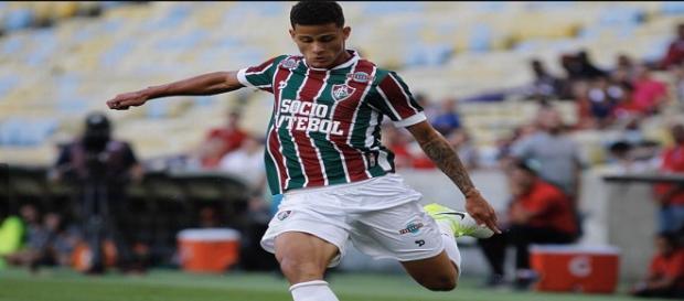 Depois de passagem por empréstimo com sucesso pelo Botafogo-SP, Mascarenhas retornou ao Fluminense (Foto: Lancepress)