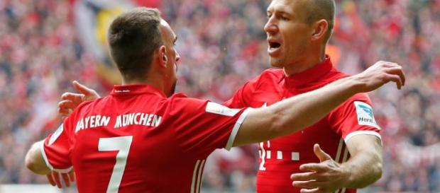 Ribéry und Robben se podrían quedar otro año en el Bayern