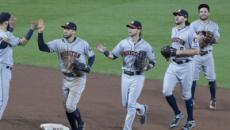 Astros use big seventh inning to beat Mariners