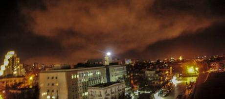 Guerra en Siria: Trump ataca Siria con una operación limitada que ... - elconfidencial.com