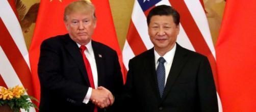 Trump y Xi Jinping, teniendo un encuentro oficial