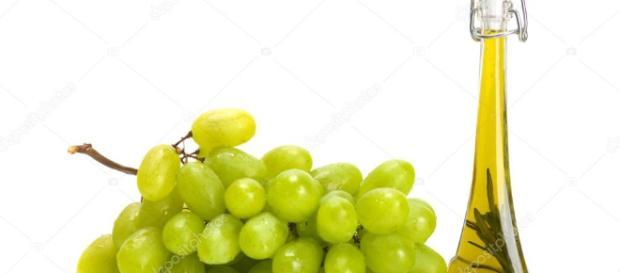 Aceite de semilla de uva tienen muchos beneficios para la salud y la belleza