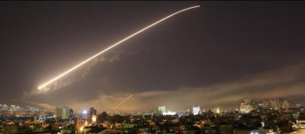 Estados Unidos bombardea Siria en coalición con Francia y Reino Unido. - listinusa.net