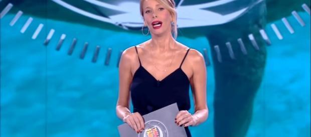 Isola dei Famosi 2018, Alessia Marcuzzi in lacrime