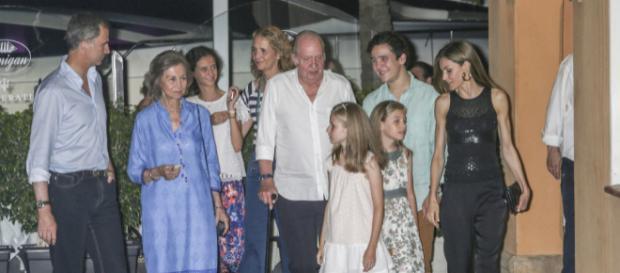 La Familia Real en imagen de archivo