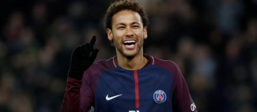 Neymar evoluciona a un nuevo contrato