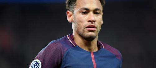 Neymar invite la France à son tournoi - bfmtv.com