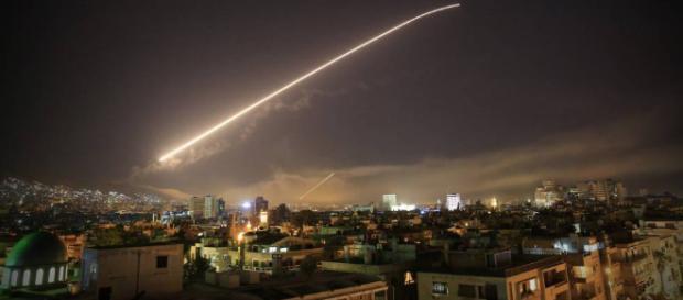 Estados Unidos bombardeó Siria en coalición con Francia y Reino