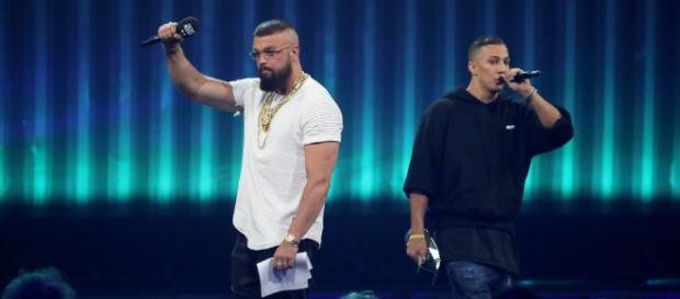 "Kollegah (l.) & Farid Bang waren beim Echo 2018 die Preisträger in der Kategorie ""Hip Hop/Urban national""; Foto: MG RTL D / Andreas Friese"