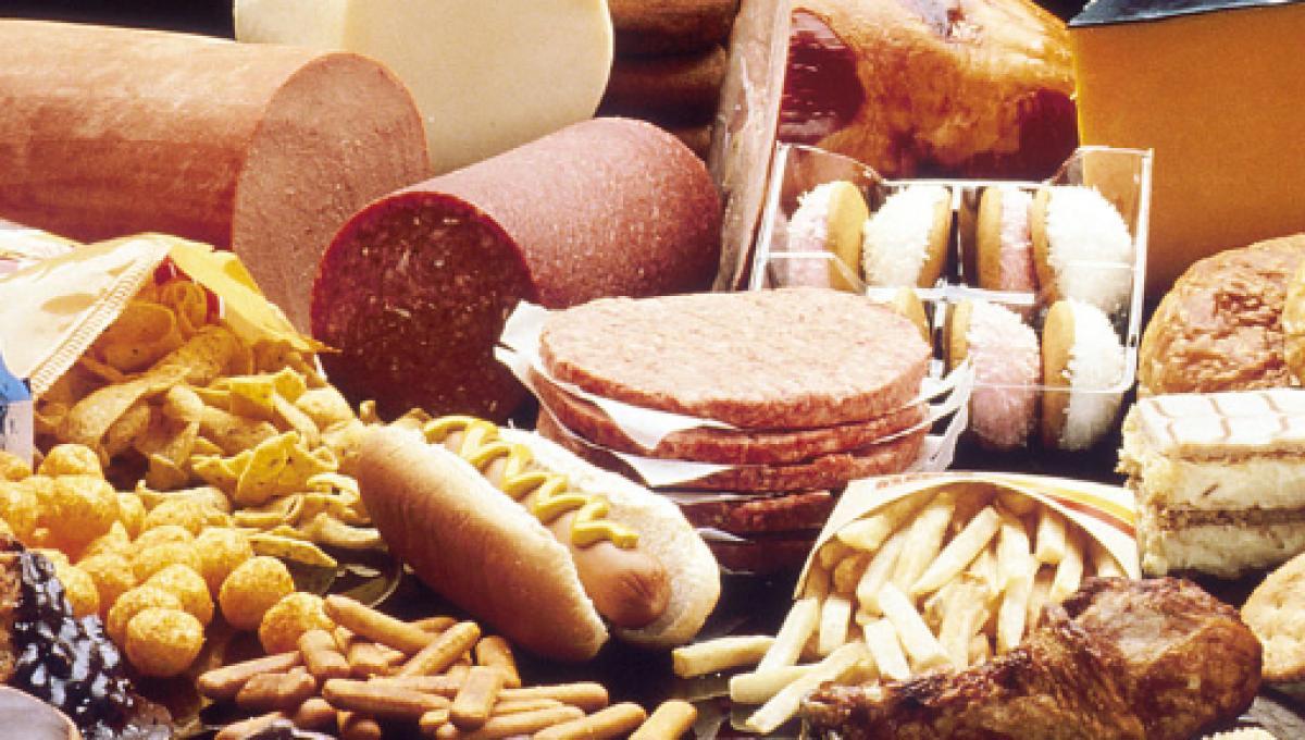 Alimentos que aumentan el colesterol en su dieta