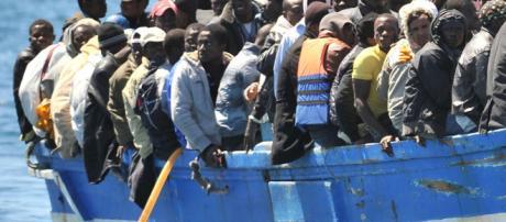 Immigrati in Italia: la popolazione pensa che siano il triplo di quelli che ci sono davvero