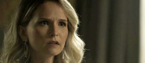 Fabiana será presa e esculachada em 'O Outro Lado'