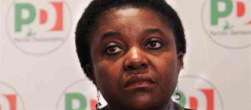 Il raid razzista contro Cécile Kyenge era una fake news