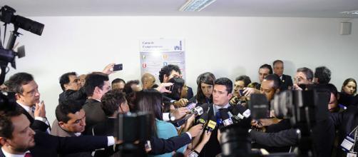 Juiz Sérgio Moro se manifesta sobre a situação da democracia no Brasil
