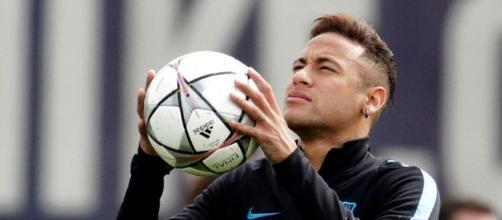 Neymar se está alejando de los equipos