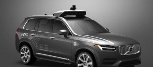 Uber y su flota de coches sin conductor.