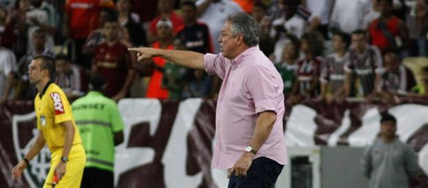 Abel mantém confiança mesmo com derrota do Flu na estreia do Brasileirão (Foto: Esquenta Cidade)