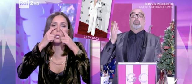 Lady Gaga si è rifatta il naso secondo Caterina Balivo e Giovanni Ciacci