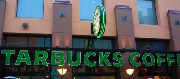 The Starbucks Coffee at Universal CityWalk Hollywood - BrokenSphere via Wikimedia Commons
