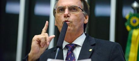 PGR denuncia Jair Bolsonaro que poderá ser condenado