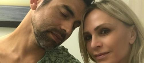 Eddie Judge and Tamra Judge at the hospital. [Photo via tamrajudge/Instagram]