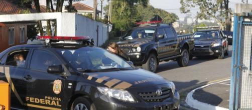 Ex-presidente Lula encontra-se preso nas dependências da Polícia Federal de Curitiba, no Paraná