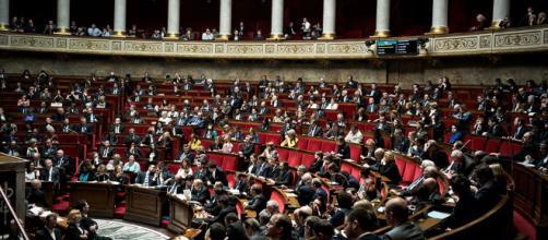 SNCF : l'Assemblée entre dans le débat - lesechos.fr