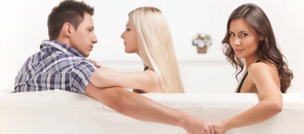 Descubra quais são os signos mais propensos a infidelidade. Foto: Reprodução.