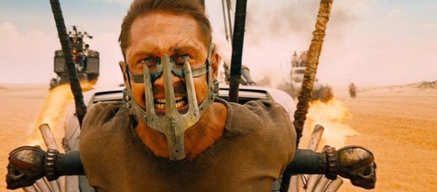 Mad Max por ahora no podrá sacar más películas por conflicto entre el director y Warner Bros