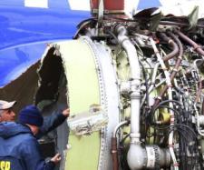 Accident teribil, motorul unui avion a explodat provocând moartea unei femei - Foto: msn.com (© Dominick Reuter/AFP/Getty Images)