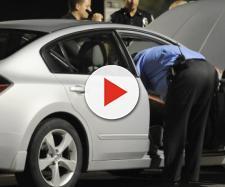 Mulher leva uma tiro dentro de carro